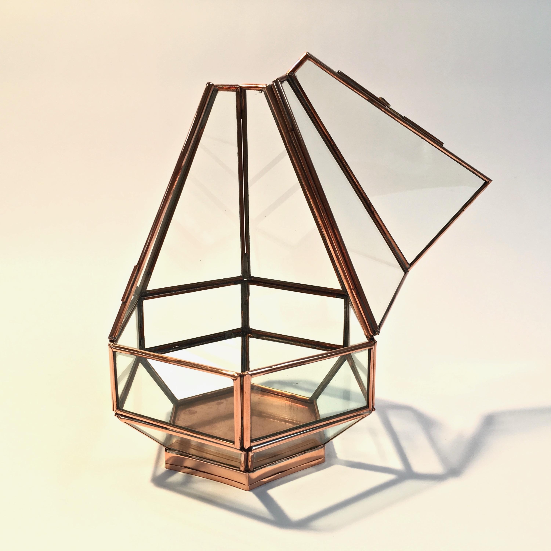 Boite diamant hexagonale en cuivre et verre biseaut for Miroir hexagonal cuivre