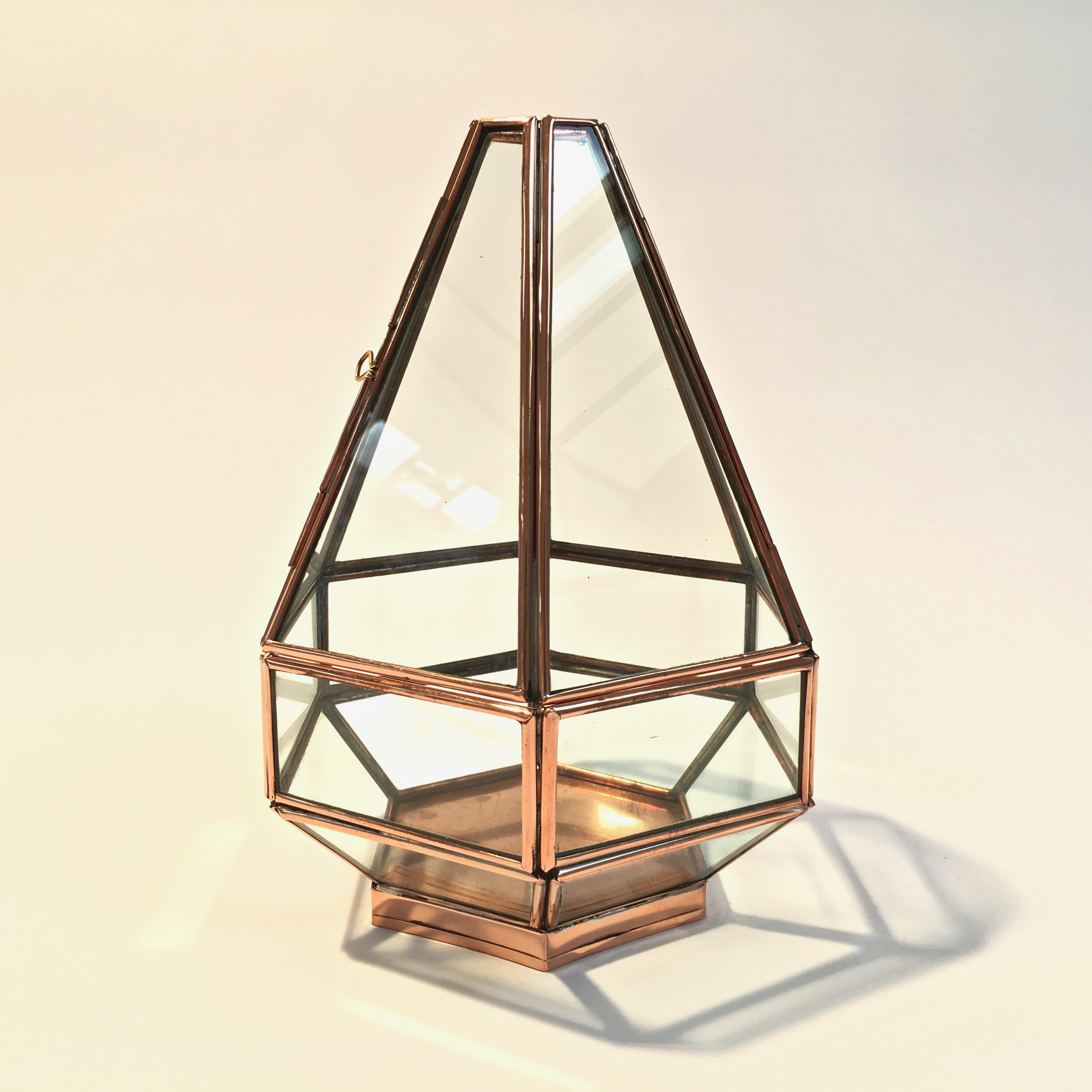 boite_cuivre_verre_hexagonale_liedekerke_maison-lk_2