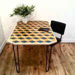 table_marqueterie_rectangle_bleu_jaune_naturel_liedekerke_maison-lk_1