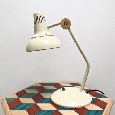 Lampe_bureau_articulée_crème_1970_blanc_fer
