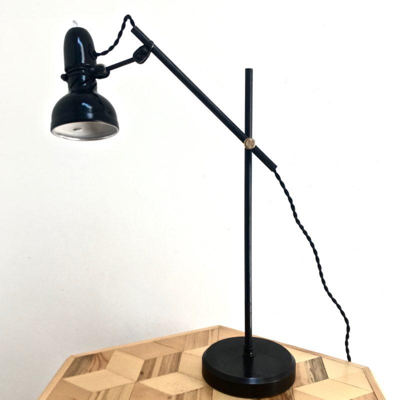 lampe lumina 70's éteinte_maison_liedekerke_maison-lk