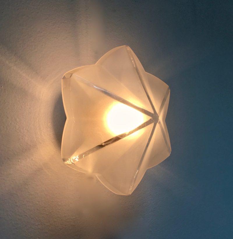 Applique hexago étoile verre sablé 3:4 allumée_Maison_Liedekerke_maison-lk