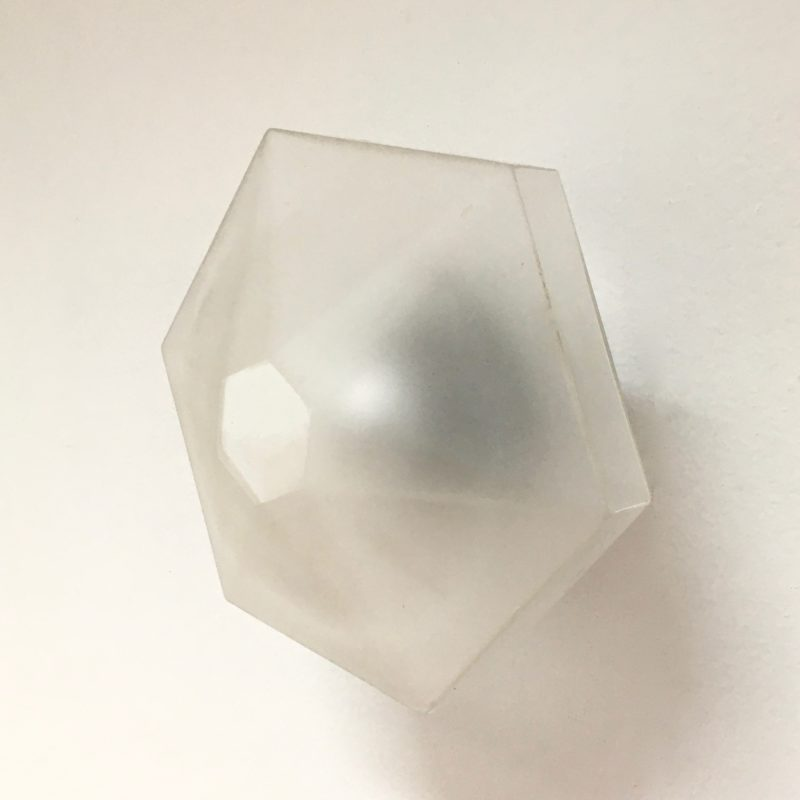 Applique hexago fleur verre sablé 3:4 éteinte_Maison_Liedekerke_maison-lk