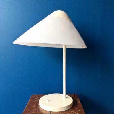 Lampe-de-bureau-opala-vue-générale_maison_liedekerke_maison-lk