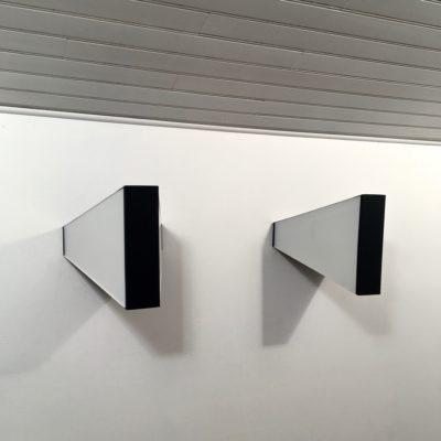 Applique RAAK symétrique -GM- vue 3:4 profil gauche_Maison_Liedekerke_maison-lk