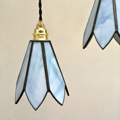 Suspension_Holly_bleue_Pâte_de_verre_Maison_Liedekerke_maison-lk.com_
