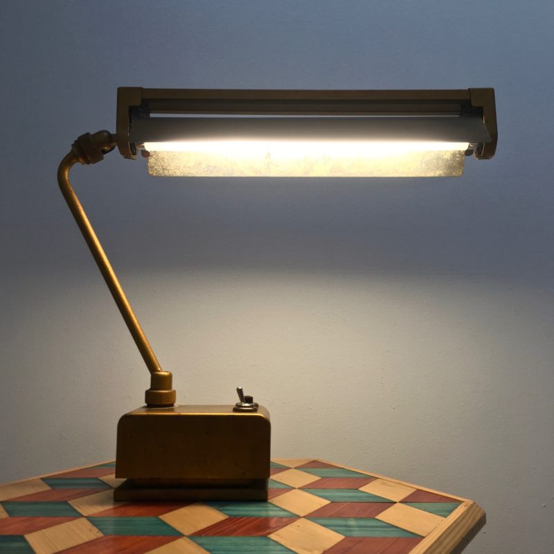 Lampe_bureau_articulée_mazdafluor_LB16_1950_MaisonLiedekerke_maison-lk.com
