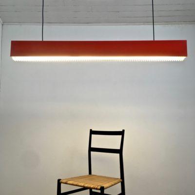Suspension_néon_rouge_1970_Maison_Liedekerke_maison-lk.com