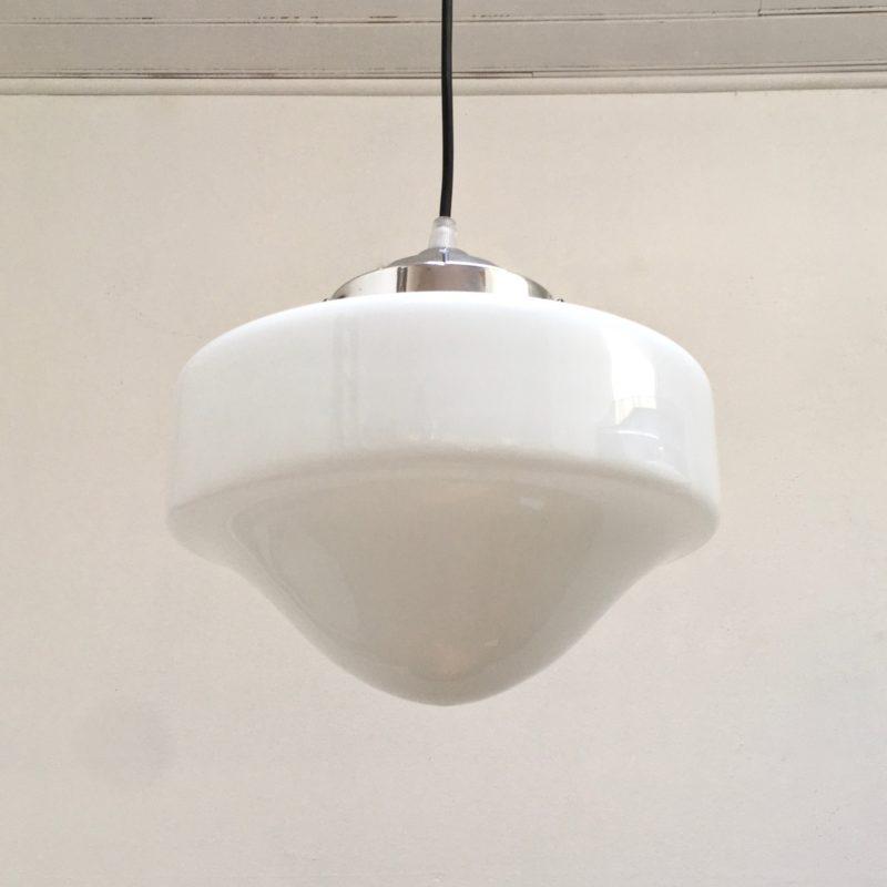 Suspension_opaline_aluminium_midcentury_Maison_Liedekerke_maison-lk.com